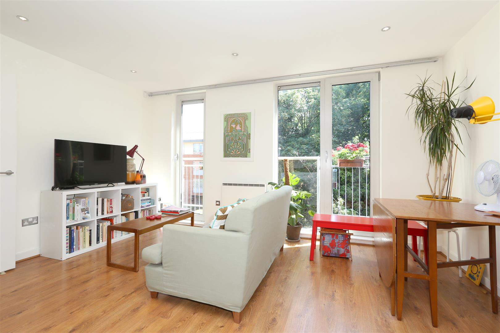 1 Bedroom Flat for sale in Latitude Apartments, Manor Road
